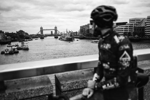 Sportler beim Six Days in London an der Themse