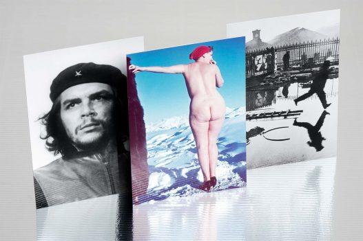 Che Guevara, nackte Frau und Schwarz-Weiß Foto