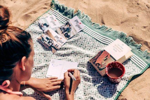 Keep Rolling Postkarten am Strand
