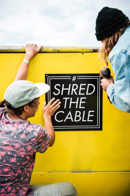 Shred the Table Bild