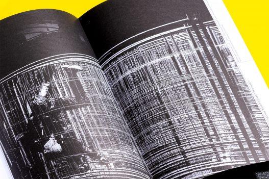 Understanding Art & Research Neuseeland Schwarz Weiß Bild in Publikation