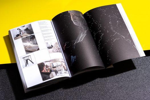 Understanding Art & Research Neuseeland Druckdetail Schwarze Seite