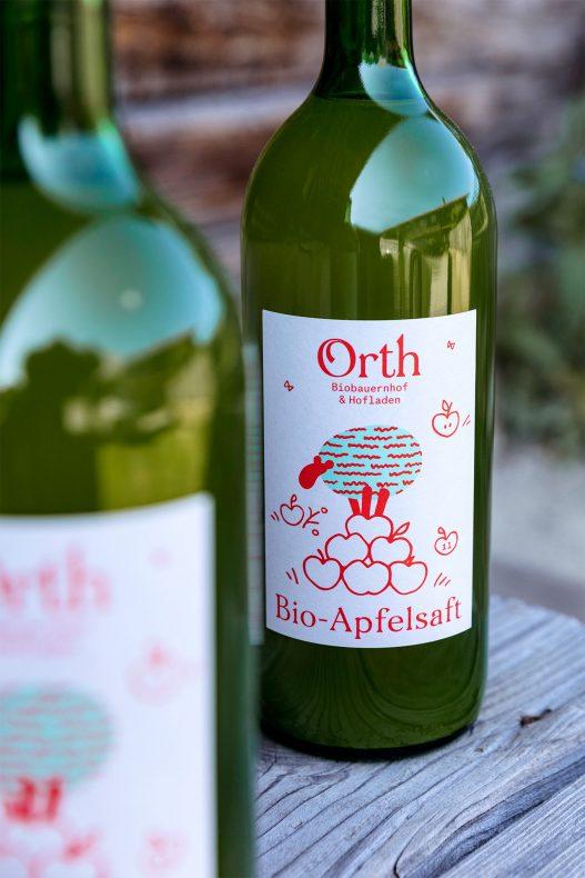 Bio Apfelsaft Flaschen des Orth Biobauernhof